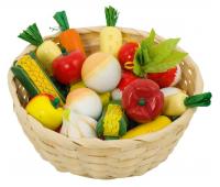 [Zelenina v košíku dřevěná]