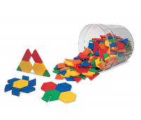 [Geometrické tvary z plastu - tloušťka 0,5 cm]