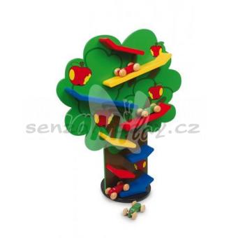 Trať na stromě